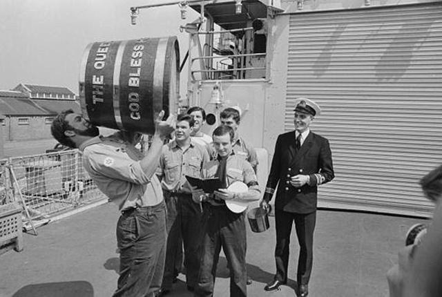 The Royal Navy and its Rum: The History of the Tot